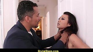 Miko dai asiatisk tonåring brutalt knullad