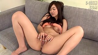 Asian Girl Plays With Her Cunt