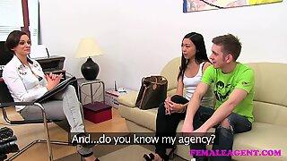 Femaleagent het asiatisk nöjen milf sedan knullar pojkvän