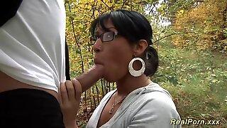 Vild anal knull i träet