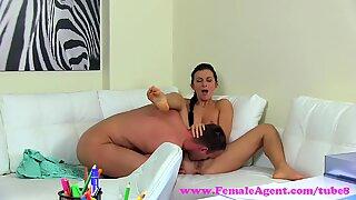 FemaleAgent. Sexy MILF agent seduces and fucks handyman for a discount
