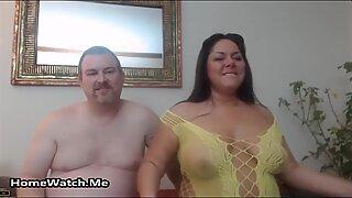 Fet och kåt par har vild sex på cam