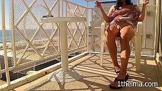 Samling av riskabla orgasmer på Balkong. Amatör Fru Flash