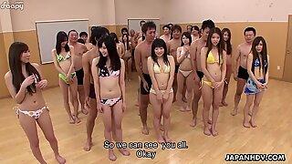 Japansk tonåringar lär sig allt om sex