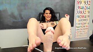 Grandes mamas grandes Angelina Castro na aula footjob 1