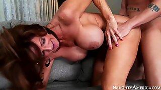 Deauxma & Ike Diezel in My Friends Hot Mom