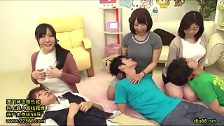 19 - japansk mammas amningsspelshow - länkfull i Min frofile