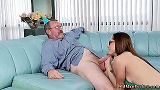 Farfar knullar tonåring söt dildo låt oss soiree dig crony s tikarsöner! - Akira Shell