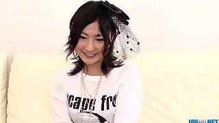 Rykande porrutställning längs Superb Megumi Haruka