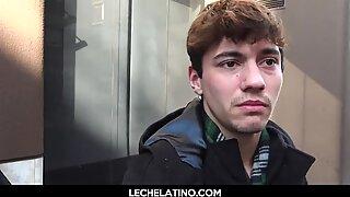 Hot Latin Tonåring Moans högt när du blir knullad i Hårig Röv-Lechelatino.com