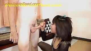 Högklackade grekisk sandaler vitt bälte och hund halsband