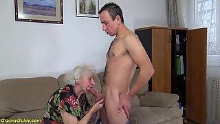 Kurvig 91 år gammal Mamma knullad av Toyboy