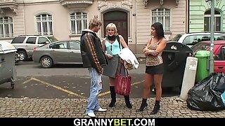80 vuotta vanha blondi prostitute ratsastaa kiimainen Kulli