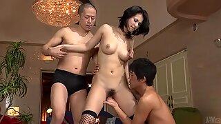 Tuff trekant fan med Maria Ozawa