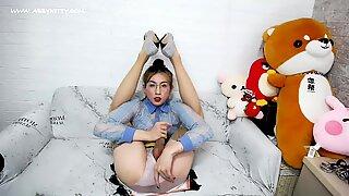 ABC029 Petite Erotisk Segretare Abby Kitty i Sexig Damstrumpor, Höga Klackar Onani och Utlösning, Semendryck